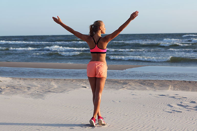 how-to-workout-at-beach1